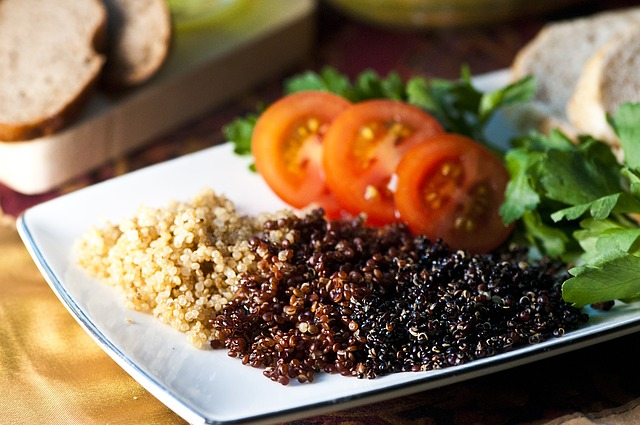 A picture of quinoa and a salad