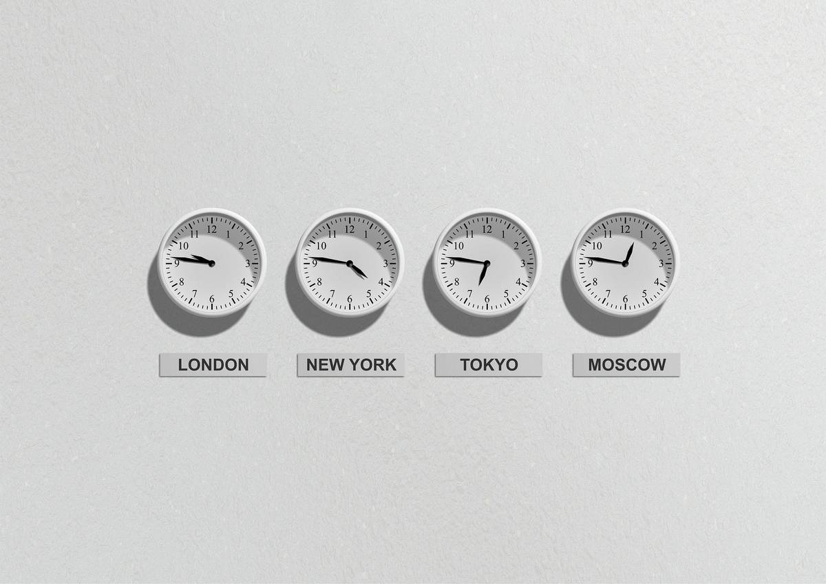 International clocks. Your body clock and weight gain.