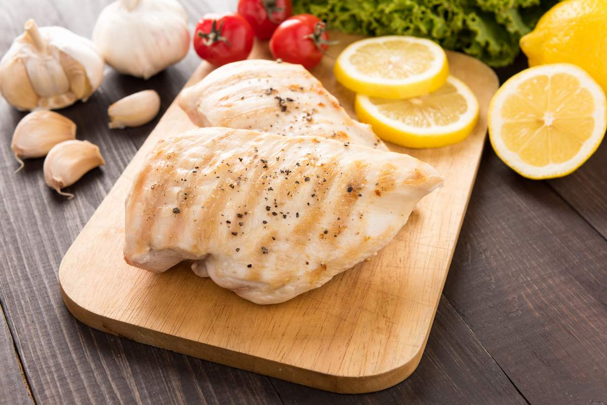 Chicken breast. Eating to build muscle